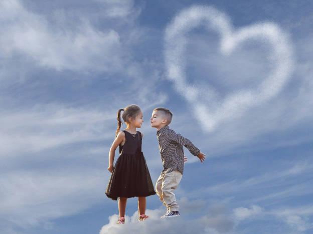 Kinder in liebe im siebten Himmel